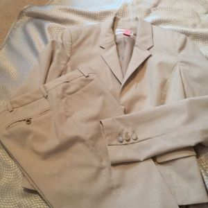 Lovely tan summer weight suit